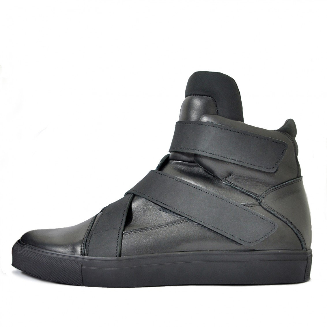 Asymmetrical high-top sneakers with velcro
