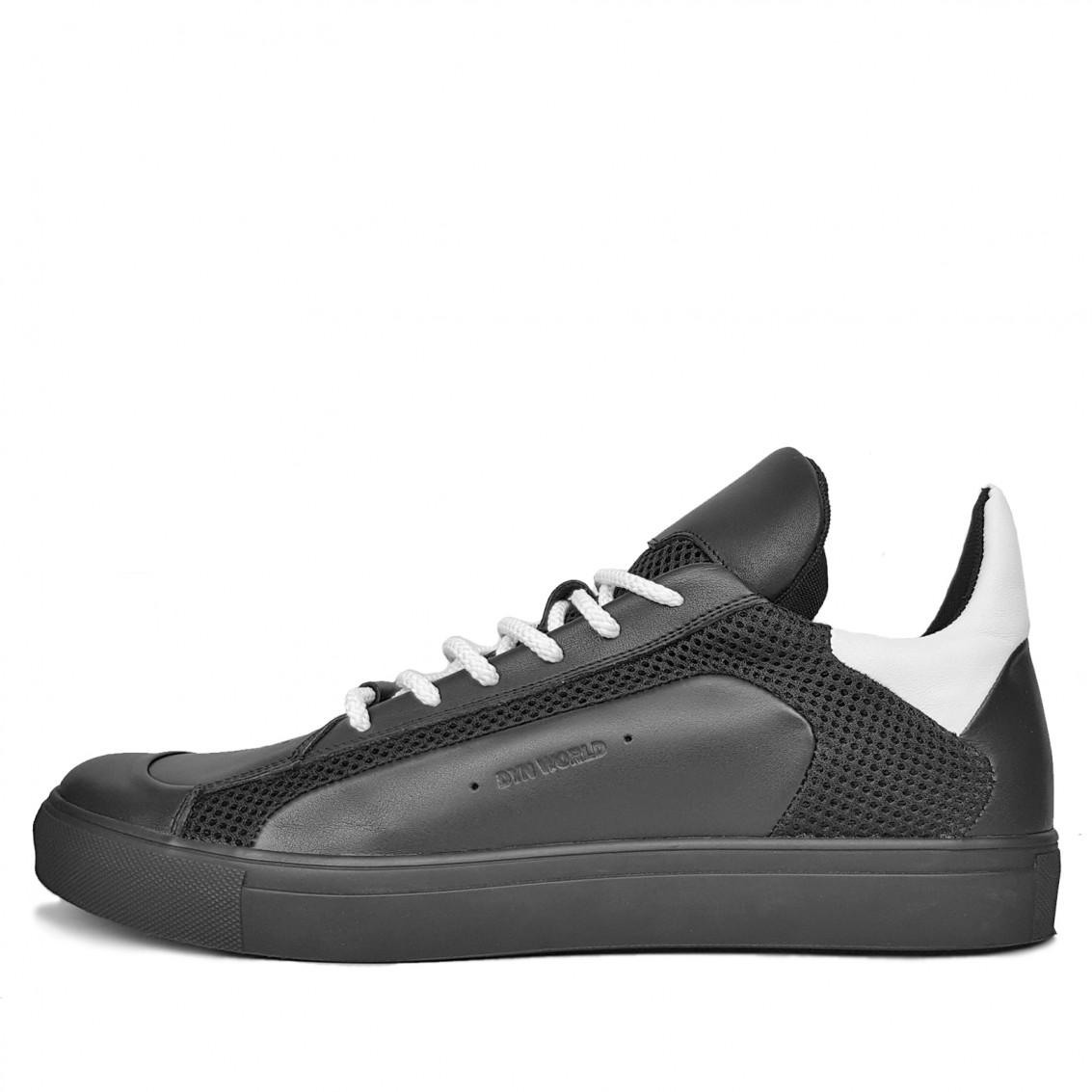 Мужские низкие кроссовки на шнурках