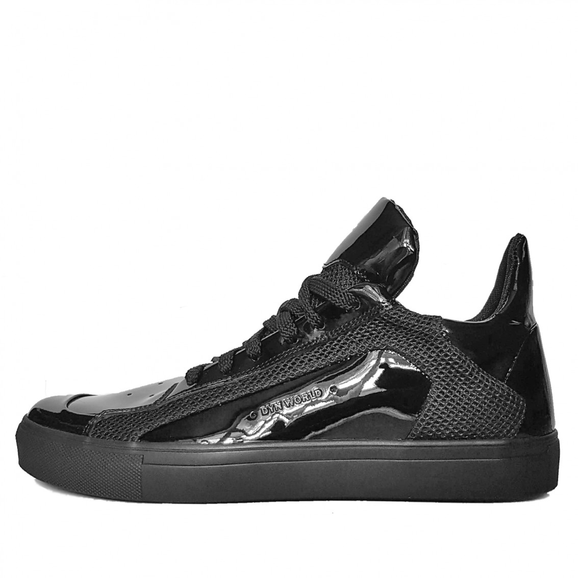 Men's low-top patent sneakers