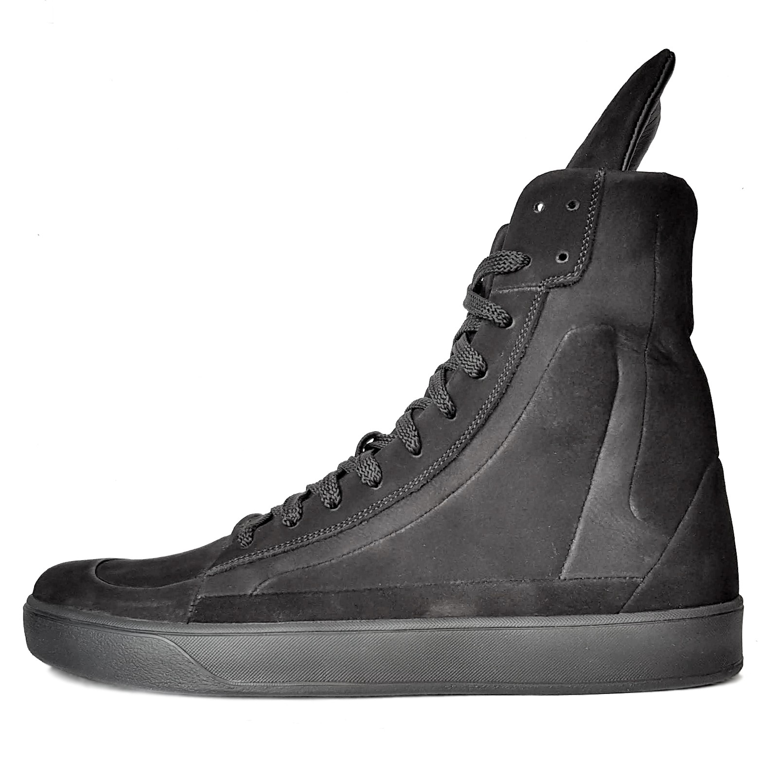 Men's high-top lace-up nubuck sneakers